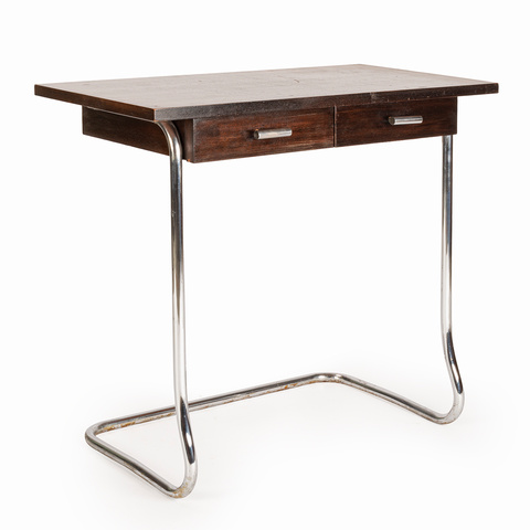 Functionalist writing desk